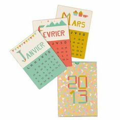 un calendrier 2013 en forme de grandes cartes à jouer, rose, vert et jaune moutarde avec des motifs géométriques et origami