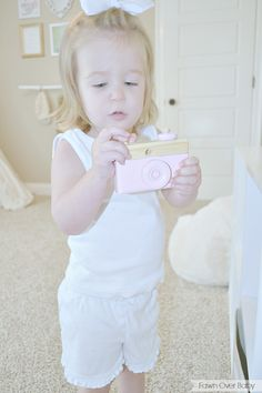 DIY Wooden Toy Camera + Giveaway! Wooden Toys, Cameras and Toys