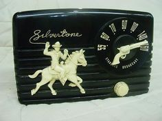 black bakelite..Silvertone radio....