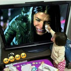 The 100 Cast, The 100 Show, It Cast, 100 Memes, Funny Memes, Funny Profile Pictures, Funny Photos, Avgeropoulos Marie, The 100 Grounders