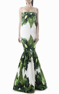 This **Leal Daccarett** Cuba Palm Print Gown is rendered in stretch cotton and features a fitted, trumpet silhouette.