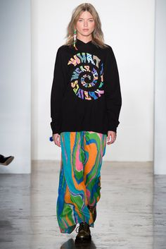 See the complete Jeremy Scott Spring 2015 Ready-to-Wear collection.