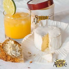Keep it fresh! Enjoy a Mango Mojito with our Saint André® cheese! Cheese Dessert, Cheese Food, Best Cheese, Wine Cheese, Brie, Mango Mojito, Cheese Toast, Romantic Picnics, Gourmet