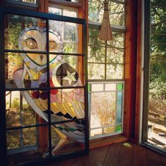The Glass Cabin look at thisssss. Stained Glass Projects, Stained Glass Art, Stained Glass Windows, Window Glass, Glass Cabin, Glass House, The Doors Of Perception, Clear Ornaments, Hedge Witch