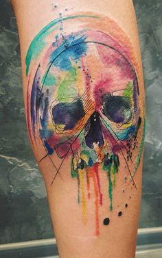 2017 trend Body - Tattoo's - Beautiful watercolor skull tattoo by Simona Blanar. Skull Tattoo Design, Tattoo Design Drawings, Skull Design, Bike Tattoos, Skull Tattoos, Tatoos, Watercolor Tattoo Sleeve, Vampire Tattoo, Pirate Tattoo