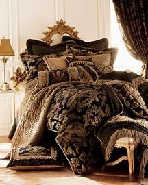 Jacquard Black and Gold Bedding