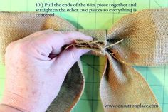 Easy DIY tutorial with pictures on how to make a bow for a wreath! Instructions include how to make a burlap bow with no sewing. Easy Fall Wreaths, Diy Spring Wreath, How To Make Wreaths, Diy Wreath, How To Make Bows, Baby Wreaths, Burlap Projects, Burlap Crafts, Burlap Bows