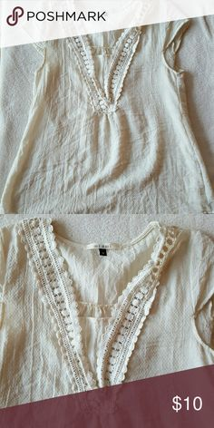 Francesca's crochet detailed blouse Light weight cream blouse with crochet detailing and cap sleeves Francesca's Collections Tops
