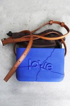 personalized bags according to your requests. Printed Bags, Diy Fashion, Sunglasses Case, 3d Printing, Im Not Perfect, Textiles, Tech, Wood, Prints