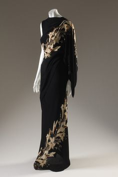 Elsa Schiaparelli, dress, printed black rayon, fall France, gift of Yeffe Kimball Slatin. Photograph ©The Museum at FIT. 1930s Fashion, Retro Fashion, Vintage Fashion, Womens Fashion, French Fashion, Korean Fashion, Classy Fashion, Petite Fashion, Victorian Fashion