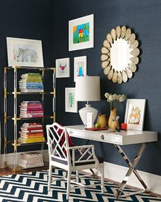 pretty office area decor  http://rstyle.me/n/ebcndpdpe
