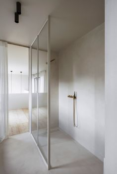 Home Interior Modern .Home Interior Modern Minimalist Bathroom, Minimalist Interior, Minimalist Decor, Modern Bathroom, Bathroom Mirrors, Master Bathroom, Bathroom Showers, Bathroom Basin, Small Bathroom