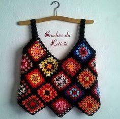 Blusa em squares coloridos