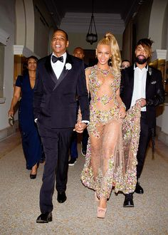 celebritiesofcolor: Jay-Z and Beyonce at the 'China: Through The Looking Glass' Costume Institute Benefit Gala at the Metropolitan Museum of Art on May 4, 2015 in New York City.