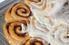 Cinnamon Rolls - Cupcakes