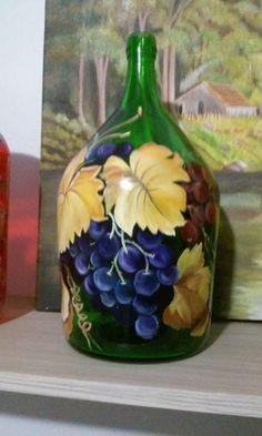 Hand Painted Wine Glasses, Painted Wine Bottles, Lighted Wine Bottles, Glass Bottle Crafts, Wine Bottle Art, Glass Painting Designs, Jar Art, Bottle Painting, Jar Crafts