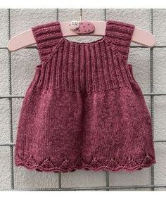 Knitted packs The Effective Pictures We Offer You About baby dress patterns A quality picture ca Easy Knitting Patterns, Knitting Kits, Knitting For Kids, Baby Knitting, Knit Baby Dress, Baby Dress Patterns, Baby Vest, Tunic Pattern, Diy Dress