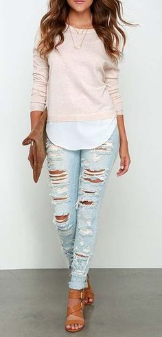 Nice 42 Comfortable Outfit Ideas For Early Spring 2018. More at http://aksahinjewelry.com/2018/03/04/42-comfortable-outfit-ideas-early-spring-2018/ #fashionspring,