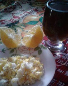 #Atualizando meu café da manhã foi este dia corrido por isso passando agora Chá verde ovos mexidos e laranja . . . #alimentacaosaudavel #comidasaudavel #reeducacaoalimentar #finocchio #health #comidadeverdade #nutricao #termogenico #sucofit #vamossecar #goodlife #queimaobacon #vamosserfeliz #comafruta #motivação #umprojetosaudavel #saudável #comafruta #cafe #secarabanha #nutrisucesso #mulheressaradasja #gratidãopelodia #desafiodevidasaudável #vidafit #bemestar #alimentação #chaverde…