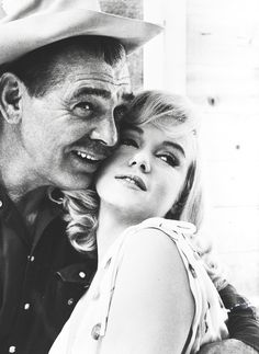 Marilyn Monroe  and Clark Gable on the set of The Misfits