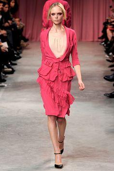 Nina Ricci Spring 2011 Ready-to-Wear Fashion Show - Siri Tollerød