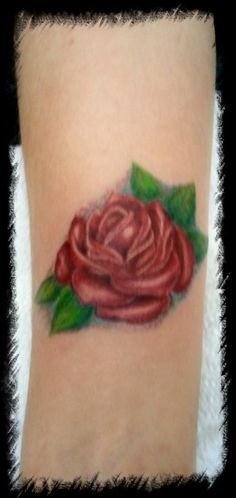 This is beautiful with the color and the leaves. Rose Tattoo Pictures, Picture Tattoos, Small Rose, Rose Tattoos, I Tattoo, Leaves, Beautiful, Color, Colour