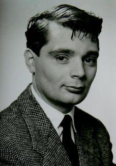 Peer Eugen Georg Schmidt (* 11. März 1926 in Erfurt; † 8. Mai 2010 in Berlin) war ein deutscher Schauspieler und Synchronsprecher.