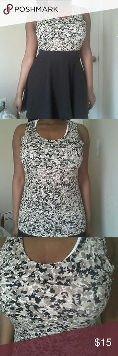 Ann Taylor Top This top is in great condition!  Feel free to make an offer! No trades. Please don't advertise your closet. Ann Taylor Tops