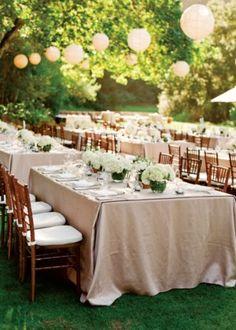 outdoor reception - khaki table clothes and white paper lanterns - photo by San Francisco based wedding photographer Lisa Lefkowitz