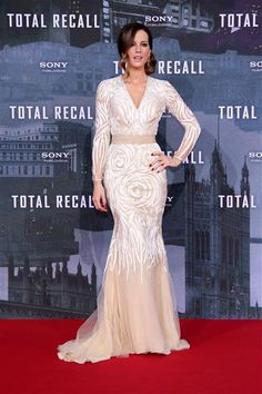 "Kate Beckinsale attends the Berlin premiere of ""Total Recall"" on Aug. 13, 2012. See more in Week In Photos on Wonderwall. http://on-msn.com/RSGH9f"