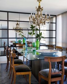 Luis Puerta is an interior designer from Madrid, Spain. He seeks to create spaces that are ser. Dining Room Design, Dining Area, Dining Rooms, Dining Tables, Feng Shui, Madrid, South Shore Decorating, Modern Table, Decoration