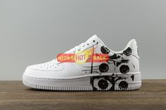 new product def5a 2acc0 Nike Air Force 1 Low X Supreme X Commes Des Garcon White CDG White 923044-