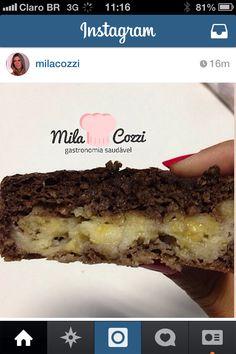 Foto muffin chocolate com banana