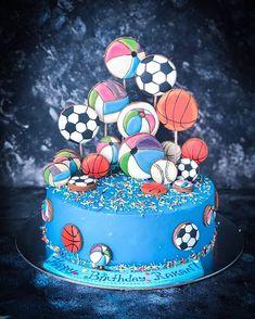 Dubai Cakes & Sweets (@sweet_sunny_stories) • Instagram photos and videos Dubai, Cake Decorating, Birthday Cake, Sweets, Cakes, Photo And Video, Decoration, Videos, Desserts