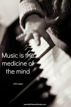 La música es el corazón de la vida. Por ella habla el amor; sin ella no hay bien posible y con ella todo es hermoso. Franz Liszt