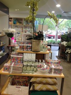 """tonic's Splash range in """"Lime & Basil"""" and Signature range in """"Antwerp Flowers"""" spotted in Brighton, VIC!"""
