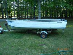 Mirrocraft 14 foot aluminum boat, trailer.
