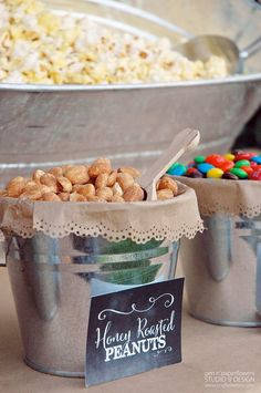 At long last I am finally posting the pictures of the re-styled Rustic Popcorn Bar I created for our Neighborhood Fall Family Picnic . Popcorn Toppings, Popcorn Seasoning, Popcorn Posters, Buffet, Chocolate Marshmallows, Roasted Peanuts, Family Picnic, Wedding Ideas, Wedding Snacks