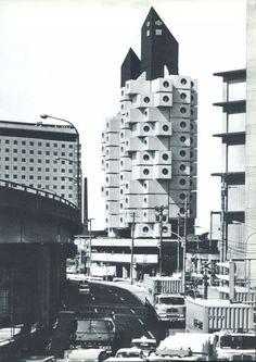 mvdoblog: Kisho Kurokawa - Nakagin capsule tower, tokyo, 1972 entire city scape with this as inspiration