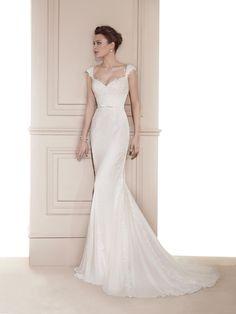 Vestido de Noiva de Fara Sposa (5633), corte evasé, decote coração
