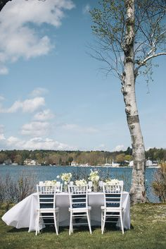 navy and white reception ideas