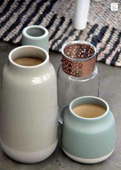 Super mooie set vazen van Hübsch, verkrijgbaar bij homezy.nl