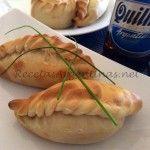 Empanadas de pollo a la crema Calzone, Dim Sum, Quesadillas, Mexican Food Recipes, Italian Recipes, Bolivian Food, Quiche, Chicken Empanadas, Savory Pastry