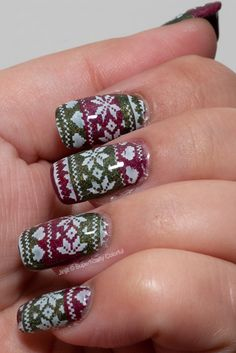 Christmas Sweater on Superficially Colorful {EDL}