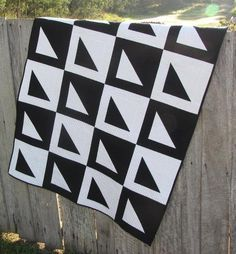 Super-Sized Free Pattern Friday: 7 FREE One-Block Quilt Patterns