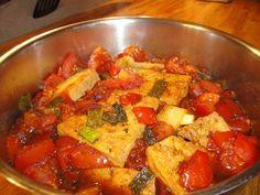 Tofu gebraten, mit Tomatensoße / Đậu hủ kho cà