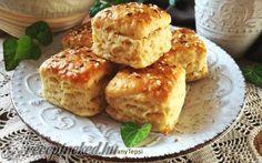 Kelt káposztás kocka recept fotóval French Toast, Muffin, Breakfast, Food, Morning Coffee, Essen, Muffins, Meals, Cupcakes