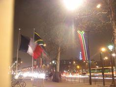 l'apprentissage+des+drapeaux+:+Ma+nouvelle+vie+me+fait+géographiquement+croiser+les+traces+des+visites+officielles.+Je+n'y+connaissais+rien+en+drapeaux+me+voilà+souvent+perplexe. Pour+ceux-là+(d'à+côté+du+français)+j'ai+trouvé http://www.rfi.fr/afrique/20110301-visite-officielle-france-le-president-sud-africain-jacob-zuma-  Mardi+non-stop+comme+souvent+les+premiers+de+mois,+de+la+piscine+au+after+de+l'Attrape...