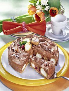 Unser beliebtes Rezept für Windbeutel-Torte und mehr als 55.000 weitere kostenlose Rezepte auf LECKER.de.