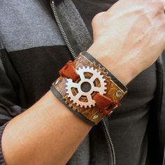 Gear wristband
